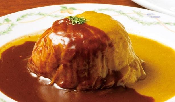 「特製 ロールキャベツ」(1600円)。祝日を除く月曜~金曜の昼はライス・スープ付き/グリル マルヨシ