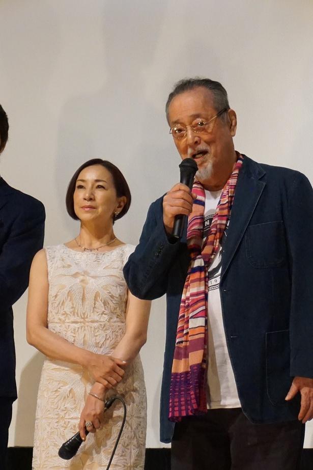 【写真を見る】仲代達矢(右)、原田美枝子(左)
