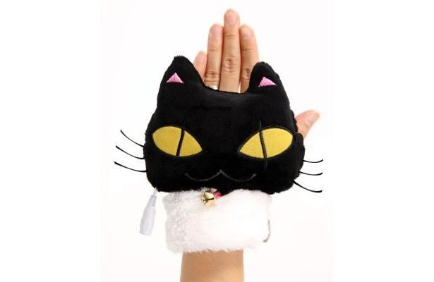 ネコの顔をした手袋「USBあったかネコたん手袋」発売