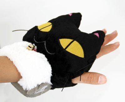 黒い子ネコの「ネコたん」が温めてくれます