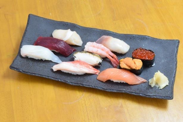 定番人気のネタを揃えた福よしの上生寿司
