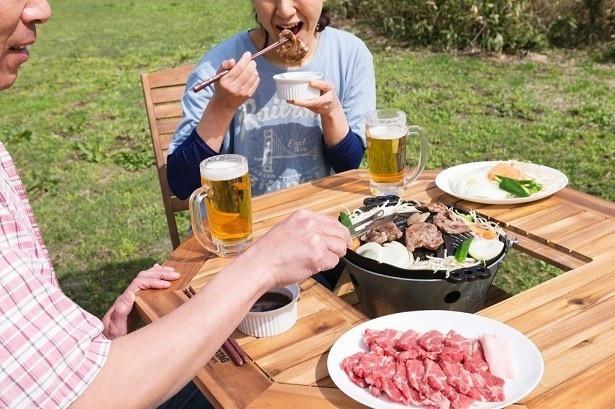 「元祖あんべのテーブル・チェアセット」(税別・送料別3万9000円)