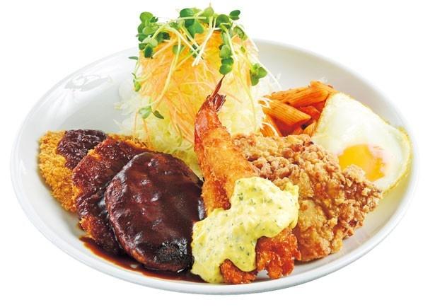 「くまスペシャル(ご飯、味噌汁付き)」(1450円)/くま食堂