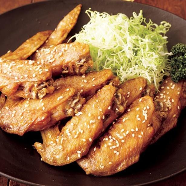 【関連レシピ】名古屋と言えばこれ!外はカリッと、中はジューシー「名古屋風手羽先揚げ」