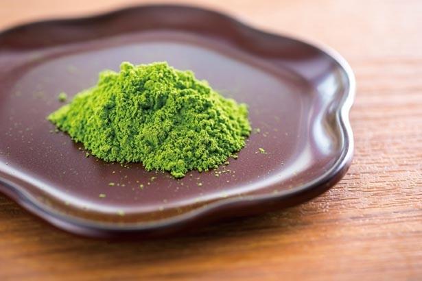 宇治抹茶の「さみどり」を使う。深みのある甘さが自慢/GOCHIO cafe