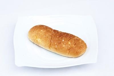 「そぼろ」(120円)は、外には小麦と砂糖で作った粒、中にはクリームが入る