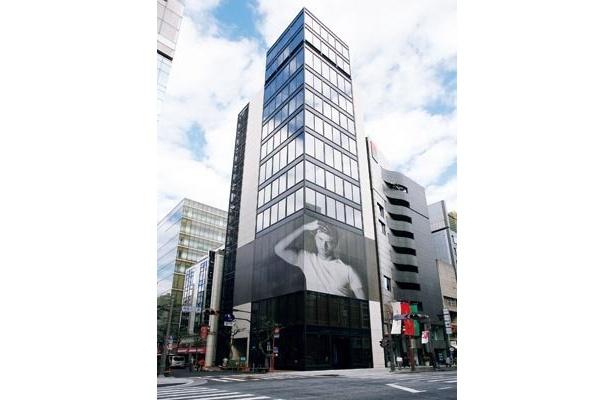 12月15日、アジア初の銀座店がオープン