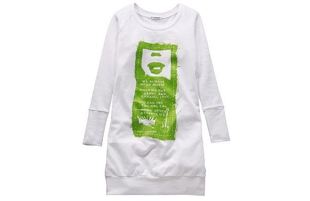 CharaコラボTシャツ(1990円)