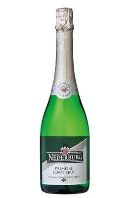 「ディステル ネダバーグ・キュヴェ・ブリュット」は、ややドライな味が特徴(1260円前後/750ml)【ぶとうベース派】