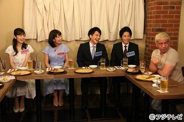 フジテレビ新人アナ4人が登場。写真左端から久慈暁子、海老原優香、安宅晃樹、黒瀬翔生