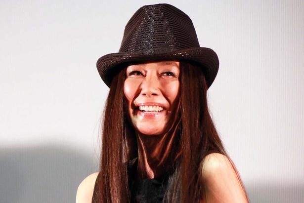 謎の女性役で存在感を見せつけた萬田久子