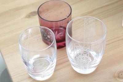 透明グラスや色被せグラスまで風情ある江戸切子を作れる