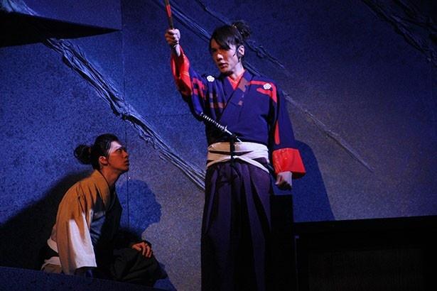 若き織田信長を細貝圭(右)が、木下藤吉郎を演じるのは白又敦(左)