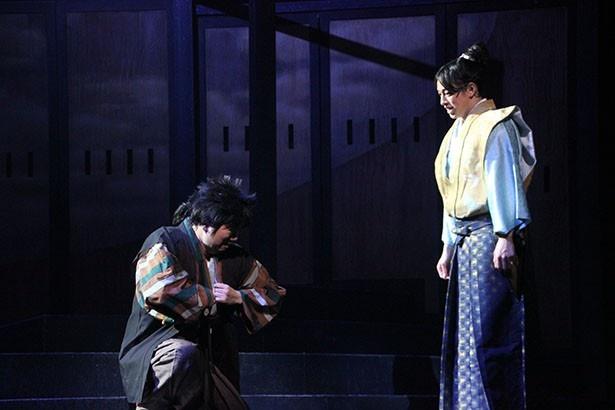 松平元康演じるのは杉江大志(左)。浮橋役の石井智也との掛け合いにクスッ