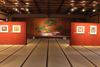第4展示室ではモチーフや表現手法がさらに多様化した80年代から90年代の作品を中心に構成