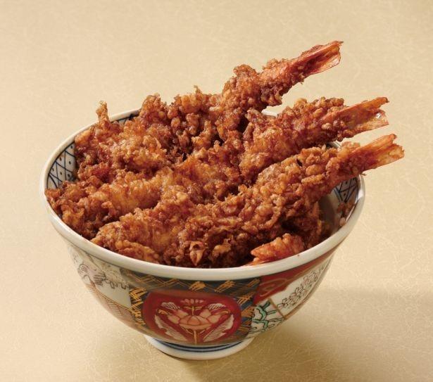 エビが4本のる「海老天丼」(1950円)は一番人気の看板メニュー