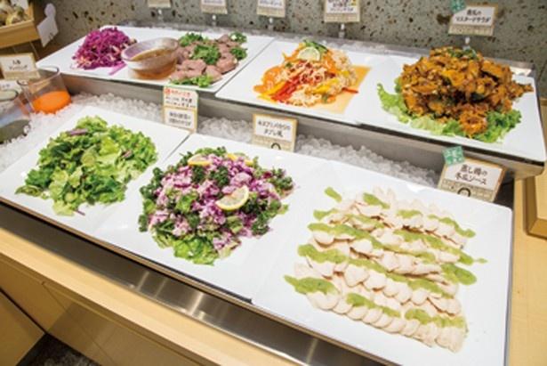 神奈川県債日替り野菜サラダなど、地場野菜を使用した総菜がめじろ押しの「はーべすと 新百合ヶ丘エルミロード店」