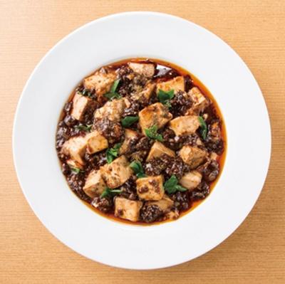 「柿安 三尺三寸箸 ラゾーナ川崎プラザ店」では、花椒のしびれる辛さがクセになる本格四川麻婆豆腐も食べられる!