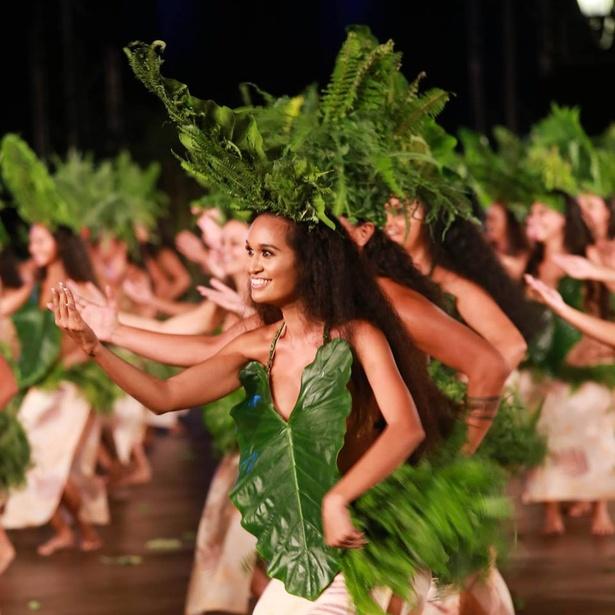 タヒチで最も伝統的で歴史のダンスグループ「O TAHITI E」