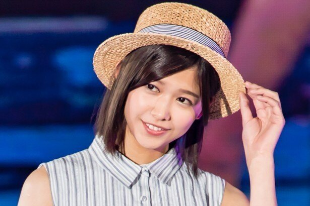 【写真を見る】モデルとしても活動する欅坂46・渡邉理佐
