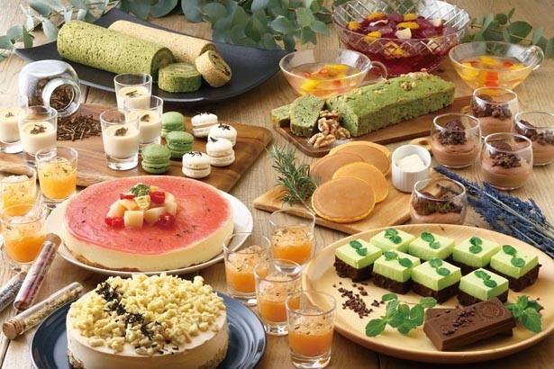 「Tea Leaves Sweets Buffet」(2900円)/京都タワーホテル レストラン タワーテラス