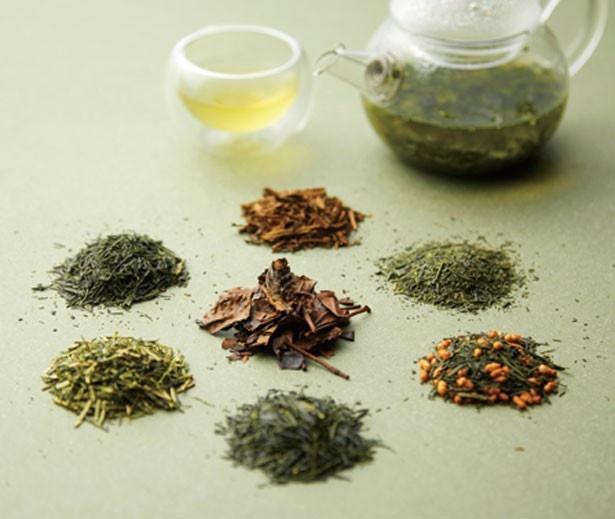 選べるドリンクには7種の日本茶も飲み比べられる/ハイアット リージェンシー 大阪 ロビーラウンジ
