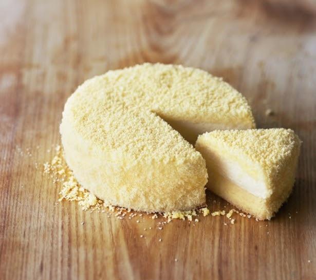 【写真を見る】チーズケーキの常識を超えたルタオの傑作!その味は?