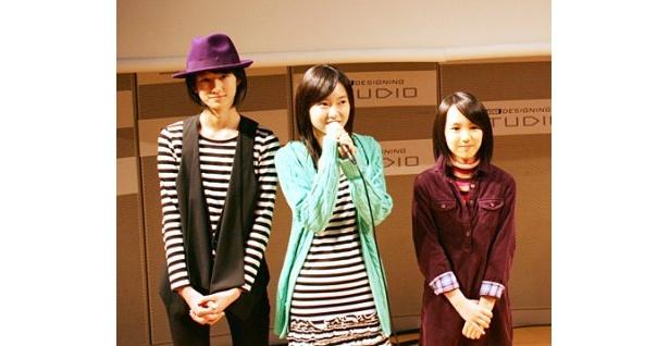 「6人で海外にも出せるような映画を作りたい」と語った菊里ひかり(写真中央)