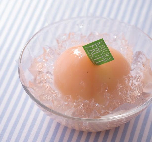 【写真を見る】「まるごと水蜜桃のジュレ」(994円)/キムラフルーツ