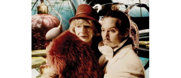 謎の男トニーに扮する『Dr.パルナサスの鏡』。テリー・ギリアム監督ならではの独創的な世界観に注目