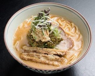 来店するお客さんのほとんどがオーダーするトップメニュー「帆立×鶏白湯」850円
