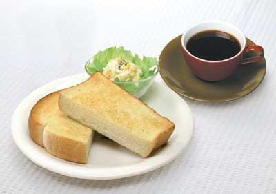 C:バタートーストセット(400円) バタートースト+コールスローサラダ+ドリンク