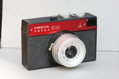 """ロシア製のトイカメラ""""SMENA 8M"""""""