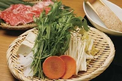 「豆乳だし&イタリアンとまとだし コース」(1980円〜)は、良質なタンパク質がたっぷり入っており、なにかと食生活の荒れる年末にうれしい