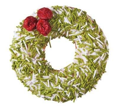 クリスマスリースをイメージした外見は、グリーンとホワイトのパリパリしたキャンディでデコレーション