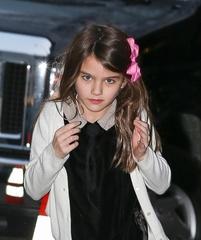 トム・クルーズの娘、私生活でまさかの影武者が存在!?でネット騒然