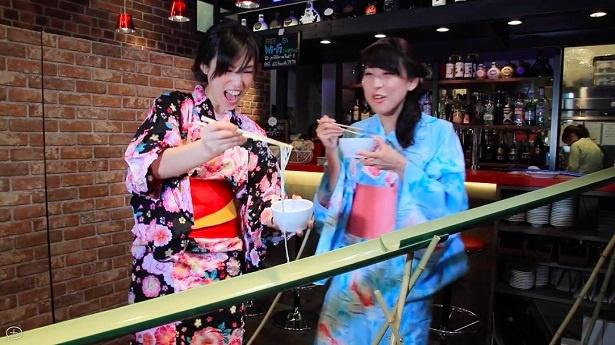 東京のおしゃれなバーで流しそうめんが味わえる
