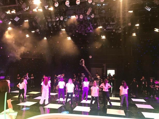 11人体制となったE-girlsは「Love ☆ Queen」をテレビで初パフォーマンス!