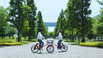 最後に自転車に乗る女性は2人いたことが明かされる