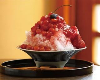 「赤いフルーツのこおり」(1300円)/Kotikaze