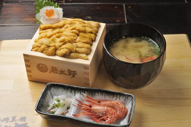 「田村岩太郎商店」/通常の生ウニ丼