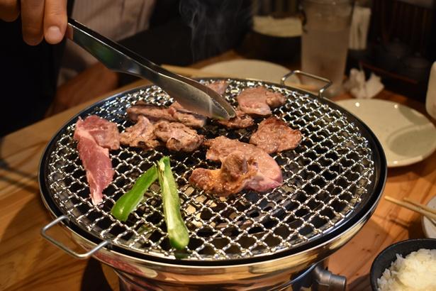 新鮮な肉だからこそ、レア状態でも食べられる