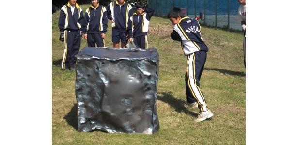野球部所属の1年生男子生徒は「バットのスイングで」快音を鳴らしていた