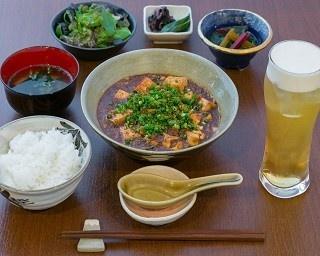 「超辛口!冷やし麻婆豆腐定食」(1000円)