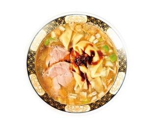 煮干ラーメン(850円)は一杯につき厳選煮干しを60g以上使用。モチモチ感がクセになる