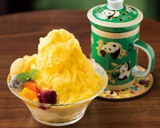「china cafe」の「台湾雪花氷のトロピカルマンゴー」(864円)。2017年6月20日 から登場。+108円でジャスミン茶がセットになる