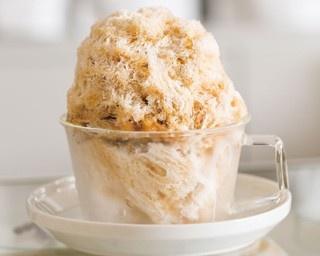 「そふ珈琲」の「珈琲かき氷」(750円)。中のアイスが溶けると、コーヒー牛乳風の味わいになる