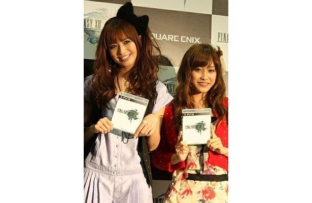 発売を記念したカウントダウンイベントには、FF好きのこんな美女たちも登場!