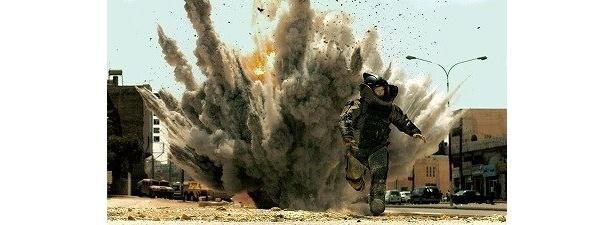 爆発物処理班の兵士を追った物語『ハート・ロッカー』(2010年3月6日公開)