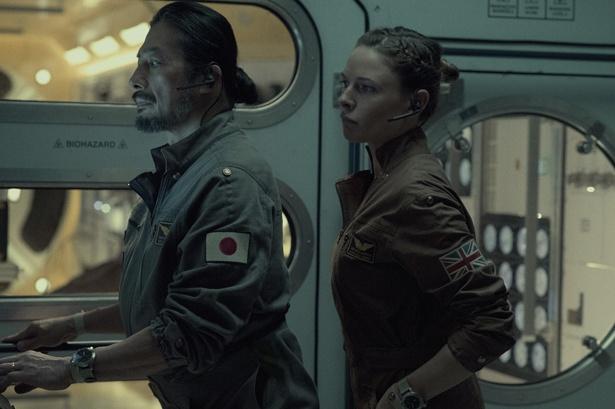 逃げ場のない宇宙ステーションで繰り広げられるサバイバル劇『ライフ』